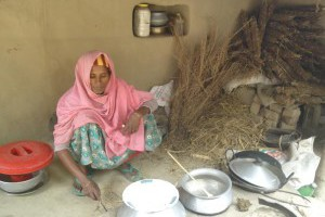 Nayema Begum goes door to door to make environment friendly oven